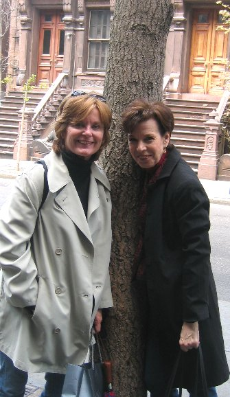 ... and find time to visit good friends in the NYC like Judy from the West ...